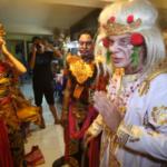 Серия 17 Индонезия — Бали и массовая кремация