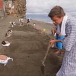 Серия 9 Япония — Кровавое озеро и закапывание в вулканический песок