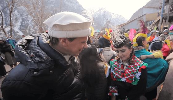 Серия 16 Пакистан — Магический вулкан и фестиваль на границе с Афганистаном